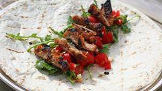 Foto: Mari Rollag Evensen / NRK Fajitas, Different Recipes, Chorizo, Kung Pao Chicken, Pulled Pork, Guacamole, Tacos, Beef, Dinner