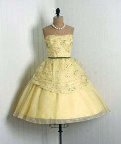 """1950's """"Saks Fifth Avenue"""" Never-Worn Store-Tags & Designer Label  *Elegant Pale-Yellow Embroidered Floral-Garden Lined Silk-Organza  *Seductive Low-Cut Plunge Fully-Boned Sweetheart Strapless Bodice  *Cocktail-Length Princess Ruched-Design Velvet-Bow Full Circle-Skirt"""