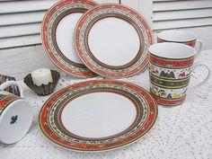 Vintage Service - Kaffeeservice Weihnachtsservice Merry Christmas - ein Designerstück von artdecoundso bei DaWanda