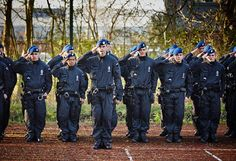Norway police uniforms recherche google police for Spa uniform norge