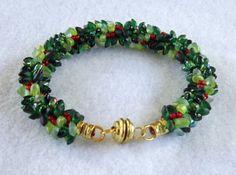 Christmas wreath magatama kumihimo bracelet by KewlbeansJewelry, $40.00