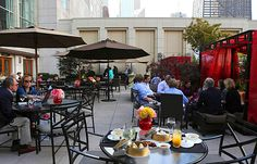 Alfresco dining at Fultons On the River, sola, and Oak Street Beach Food + Drink - @Chicago Tribune