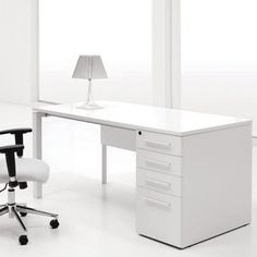 Contemporary-office : Office Modern Home Office Design With White Computer Desk ~ Glubdub Small Office Desk, White Desk Office, White Desks, Home Office Desks, Office Table, Ikea Office, Office Spaces, White Desk Design, Modern White Desk