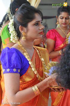 Bridal Jewelry, Gold Jewelry, India Jewelry, Gold Earrings, Big Fat Indian Wedding, Indian Bridal, Desi Wedding, Wedding Looks, Kaasu Mala