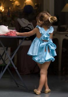 I so want to get this for Sasha!  How adorable!  I wish I could sew! Turquoise apron dress with flounces Brief   No No Valentina