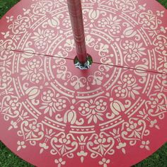 Pole table for bell tent