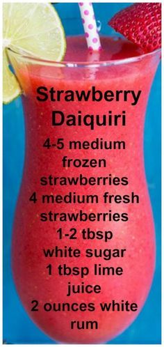 Strawberry Daiquiri ~ Easy, Fresh and delcious. Strawberry Daiquiri ~ Easy, Fresh and delcious. – Cocktails and Pretty Drinks Refreshing Drinks, Yummy Drinks, Healthy Drinks, Food And Drinks, Dessert Drinks, Healthy Nutrition, Healthy Food, Healthy Eating, Liquor Drinks