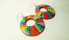 Boucles d'oreille, créoles, graphique, style ethnique, mexicain, multicolores , peintes à la main