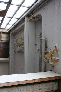 walls deteriating