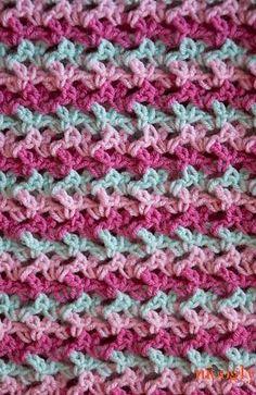 Loopy Love Blanket by Tamara Kelly