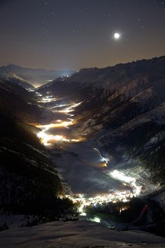 Goms la nuit, Switzerland, by Benoît Dessibourg, on Flickr.