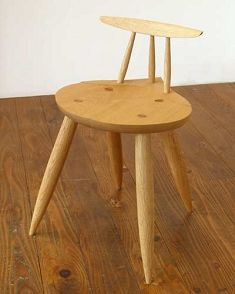 small chairs, oak  小さい椅子、エマロン37 Stool, Furniture, Home Decor, Room Decor, Stools, Home Interior Design, Home Decoration, Interior Decorating, Home Improvement
