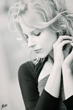 marina - lieblichschau - lustigwars - brownzart.at Photoshop, Studio Portraits, Pearl Earrings, Fashion, Pictures, Pearl Studs, Moda, La Mode, Fasion