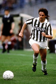 Football Icon, Best Football Players, All Star, Roberto Baggio, Sport Icon, Just A Game, Juventus Fc, Fifa World Cup, Soccer