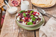 Salade de betteraves et sauce tahine