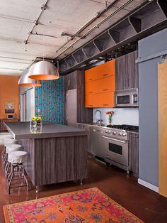 Терракотовый цвет в интерьерах с разными оттенками: 60+ удивительных фото http://happymodern.ru/terrakotovyj-cvet-60-foto-rasshiryaem-palitru-interera/ Яркие цвета в интерьере лофт кухни