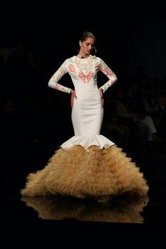 Ernesto Sillero, SIMOF 2015 Beautiful Dresses, Nice Dresses, Short Dresses, Formal Dresses, Wedding Dresses, Flamenco Dancers, Flamenco Dresses, Spanish Wedding, Spanish Fashion