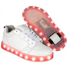 Heelys Premium 1 Lo Light Up - Triple White - Size - UK Embossed Heelys logo on the side quarter. Get a load of this flashy new model from Heelys! Roller Skate Shoes, Roller Skating, Barbie Doll Set, Looks Party, High Top Sneakers, Sneakers Nike, Light Up Shoes, Birthday List, Girls Shoes