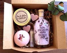 Mothers Day Gift from daughter mothers day gift basket Spa gift for Mom from daughter Gifts for Mom Mothers Day Mom gifts from daughter idea Mothers Day Baskets, Mother's Day Gift Baskets, Mothers Day Gifts From Daughter, Diy Mothers Day Gifts, Mother Gifts, Gifts For Mom, Handmade Soap Recipes, Homemade Bath Bombs, Personalized Mother's Day Gifts