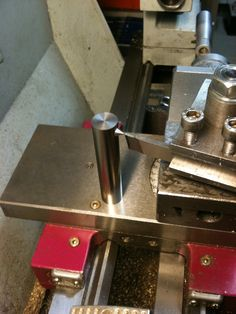 Single point lathe center height gage
