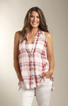 Casual Studio Sleeveless Plaid Tunic - New Moon Boutique