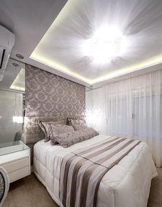 Como é bom dormir em um quarto bonito e confortável como este, projeto foi feito pela Designer Adriana Mey!