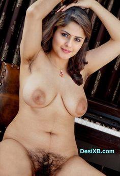 Hot Farzana Nude Showing Big Boobs Hairy Pussy