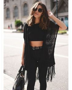 All black is the best boho outfits for any trip! # boho Outfits 20 Best Boho Travel Outfits For Any Trip - Style Noir, Edgy Style, Style Casual, Rock Style, Grunge Style, Hipster Style, Boho Outfits, Casual Outfits, Fashion Outfits