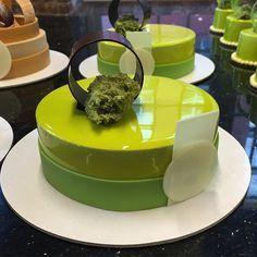 Pistachio Entremet for my class at Elegant Desserts, Beautiful Desserts, Fancy Desserts, Just Desserts, Cupcake Cakes, Cupcakes, Food Cakes, Decoration Patisserie, Glass Cakes
