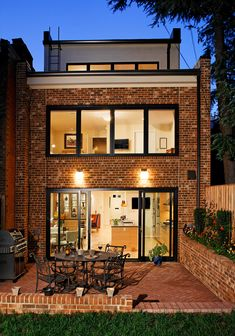Capitol Hill, DC – Whole House Renovation - Capitol Hill, DC – Whole House Renovation - Best Picture For glass facade For Your Taste You are looking for so Dream House Exterior, Brick Building, Small House Design, House Extensions, Industrial House, Home Additions, Facade House, Exterior Design, Future House