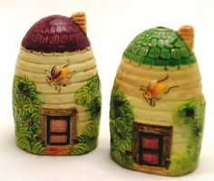 BEES on BEEHIVES Salt  Pepper Shakers