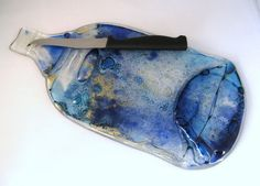 Melted bottle cheeseboard with knife blue & gold by KilnFiredArt, £18.00 #ibhandmade