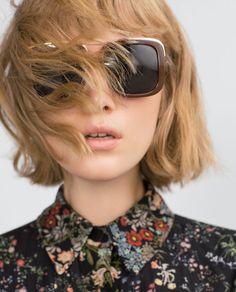 Haircut. GAFAS DE SOL CUADRADAS de Zara