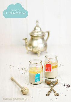 panna cotta al té nero e miele by il gatto goloso, via Flickr