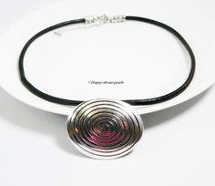 Ketten & Colliers - Lederkette Spirale - ein Designerstück von Happy-about-pearls bei DaWanda