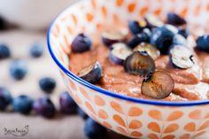 Czekoladowo – orzechowy budyń z owocami
