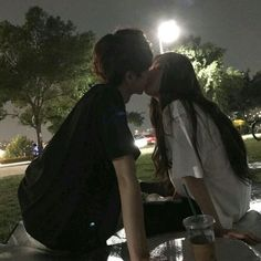 Read night (Couple,Girl,Boy) from the story Korean_Ullzang by Kiwiable_ with reads. Korean Girl Ulzzang, Couple Ulzzang, Ulzzang Korea, Night Aesthetic, Couple Aesthetic, Cute Relationships, Relationship Goals, Ullzang Boys, Parejas Goals Tumblr