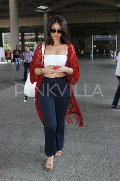Akshay, Ileana D'Cruz and Randeep Hooda Spotted at the Airport Indian Bollywood Actress, Beautiful Bollywood Actress, Indian Film Actress, Bollywood Actors, Beautiful Indian Actress, Bollywood Celebrities, Bollywood Fashion, Indian Actresses, Ileana D'cruz