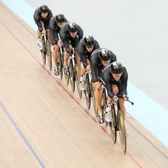 sports or conformity?  James Jubb - New Zealand Team Pursuit - Picture Of The Day - ONE EYELAND | 2012-07-13 |