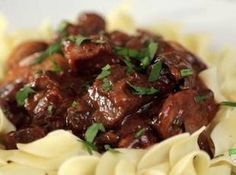 Fix-It and Forget-It: Slow Cooker Beef Burgundy Dinner Crockpot – Dinner Recipes Beef Burgundy Slow Cooker, Beef Burgundy Recipe, Slow Cooker Beef, Slow Cooker Recipes, Crockpot Recipes, Cooking Recipes, Lamb Recipes, Slow Cooking, Beef Dishes