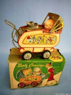 That price, tho! RETRO Japanese Antique Baby Carriage Friction Motion Old Vintage Litho Tin Toy Retro Baby, Metal Toys, Tin Toys, Vintage Tins, Vintage Dolls, Vintage Stuff, Dolls Prams, Baby Carriage, Old Dolls
