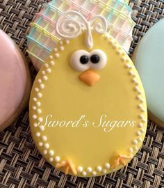 How to Make Perfect Easter Cookies for the Holidays Fancy Cookies, Iced Cookies, Easter Cookies, Easter Treats, Holiday Cookies, Cupcake Cookies, Sugar Cookies, Cookies Et Biscuits, Easter Desserts