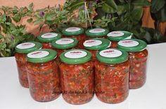 Este foarte aromat, ideal pentru ciorbe. Cantitatile de legume pot varia dupa gustul fiecaruia. Romanian Food, Tasty, Yummy Food, Ketchup, Food To Make, Food And Drink, Cooking Recipes, Mason Jars, Desserts