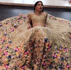 Floral indian wedding dress in gold; a really modern indian wedding dress but it. Floral indian wedding dress in gold; a really modern indian wedding dress but it's gorgeous!