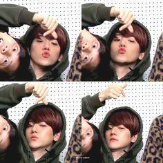 Exo Chanbaek, Baekhyun Chanyeol, Exo Kai, Park Chanyeol, Exo Youtube, Taekook, Kpop, Exo Couple, Exo Lockscreen