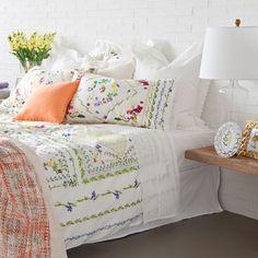 Inspiracje - Zara Home Linen Bedroom, Bedroom Bed, Linen Bedding, Bedding Sets, Grey Comforter, Look Zara, Zara Home España, Pink Bedrooms, Bed Linen Design