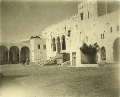 Antonio Cavilla Photographer: Tánger, La Cárcel de Tánger y el palacio de Justicia o Mexuar.