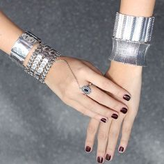 Bracelete e pulseira metal