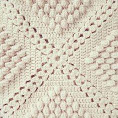 ByHaafner, crochet, popcorn, bobble stitch throw, blanket, powder pink, pattern ~☆~ Teresa Restegui http://www.pinterest.com/teretegui/ ~☆~