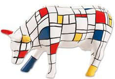 Moondrian by Jon Eastman for CowParade New York 2000 Piet Mondrian, Balloon Dog Sculpture, Skin Paint, Cow Parade, Mosaic Animals, Paper Mache Crafts, Cow Art, Arts Ed, Animal Sculptures
